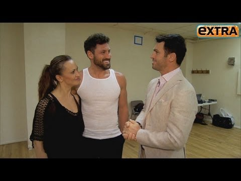 Maksim Chmerkovskiy and Karina Smirnoff Reunite for 'Forever Tango'