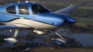 Dream Airplane - Fly A 2017 Cirrus SR22 G6