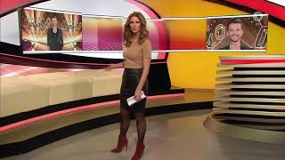 Mareile Höppner - Brisant HD - 13.01.2018 - Brown Blouse, Tight Black Leather Skirt, Nylons & Boots