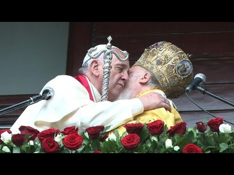 Pope, Orthodox Patriarch pledge to support Mideast Christians