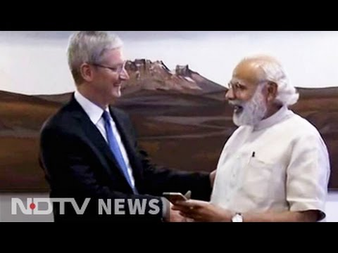 PM Modi meets Apple Chief Tim Cook, launch updated 'Modi app'