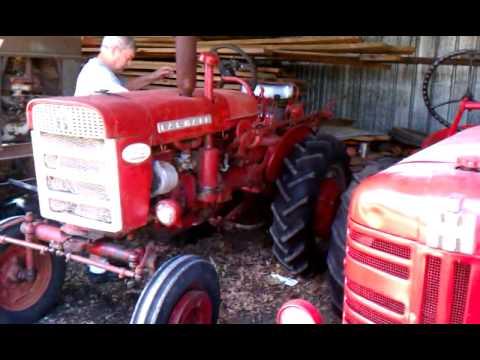 1960 Farmall 140 Tractor
