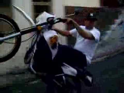 moto piruetas los frailes19