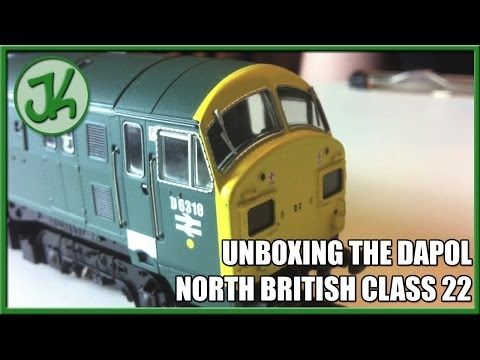 Unboxing the Dapol North British Class 22 BR Blue D1000B