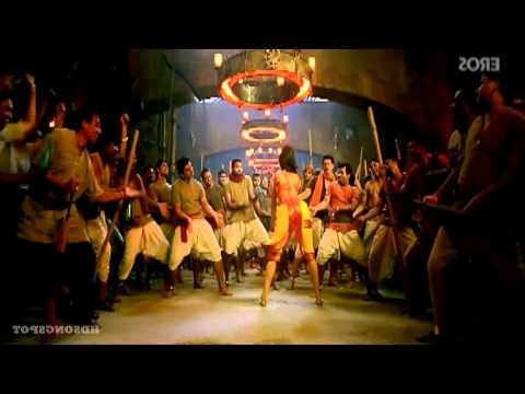 Katrina Kaif Ass Shake video