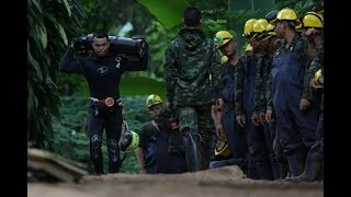 Thai cave divers rescue first 4 boys