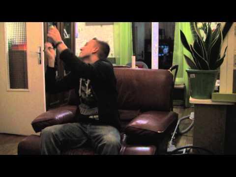 VALD ft AD dans PAULINE KERCH [VALD.TV]