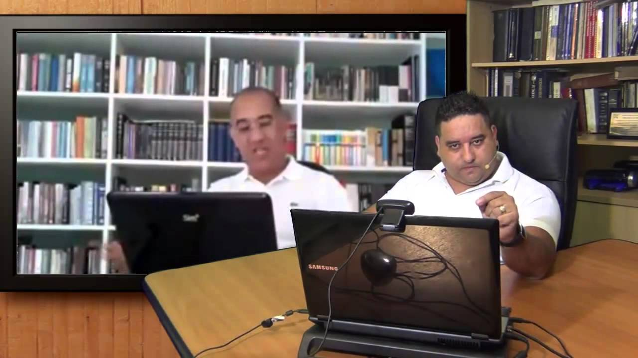 Professor Fabio desafia doutor para debate.
