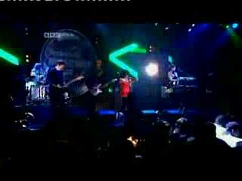 New Young Pony Club - The Bomb (Live @ Mercury Music Prize, 2007)