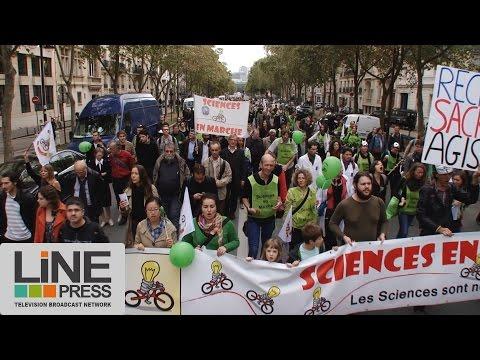 Chercheurs et enseignement supérieur dans la rue / Paris - France 17 octobre 2014