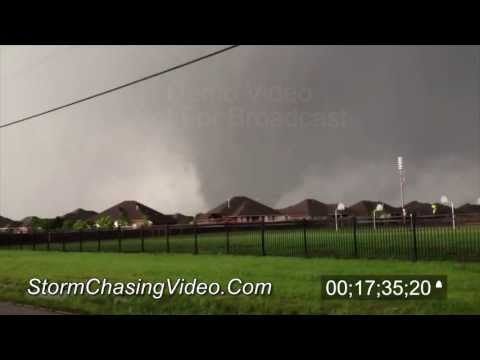 5/20/2013 Moore, OK Wedge Tornado and Escape Stock Footage