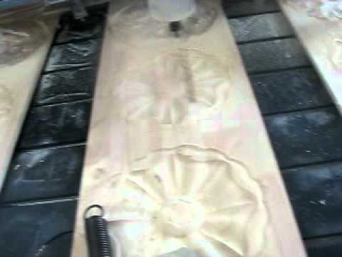 Multi-head wood cnc engraving machine/wood carving machine/cnc router.avi