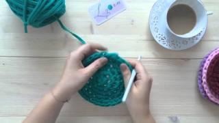 Вязаная корзинка крючком из трикотажной пряжи Урок-2 Дно (плоский круг столбиками без накида)