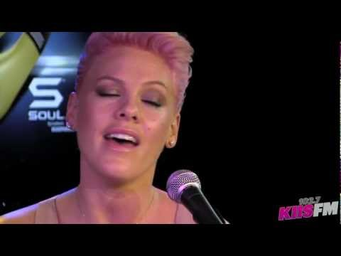 102.7 Kiisfm: Pink perfect Live Acoustic video