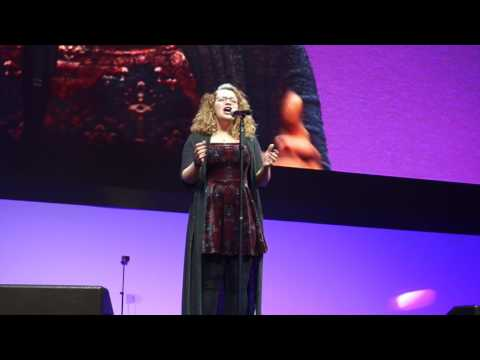 Pulled - Carrie Hope Fletcher - VidCon Europe