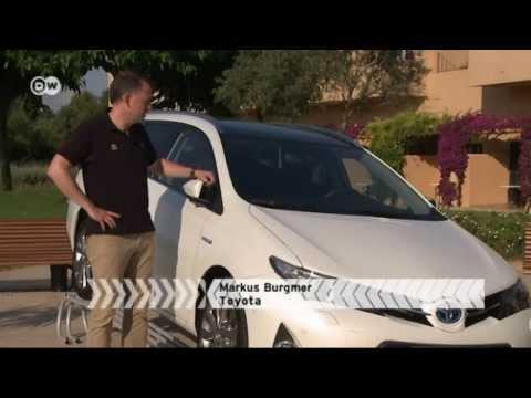Neuer Toyota Kombi - Auris Touring Sports   Motor mobil