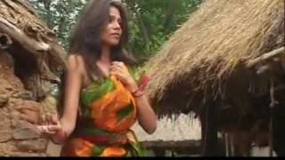 Bangla folk song - bhromor koio gia by sangeeta thakur.