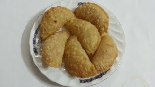 How To Prepare Sweet And Crunchy Coconut Patties - DIY Food & Drinks Tutorial - Guidecentral