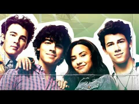 Camp Rock 2 - It's On Full(traducida Español) video