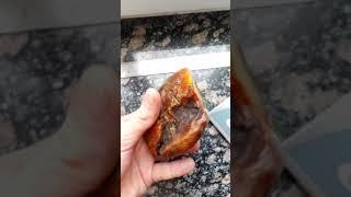 200 gr raw Baltic amber stone