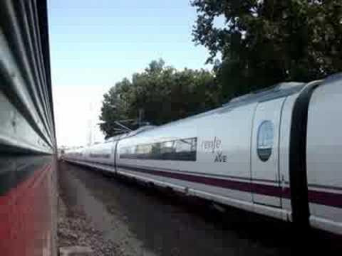 Vista trenes en paralelo. http://videotren.com/