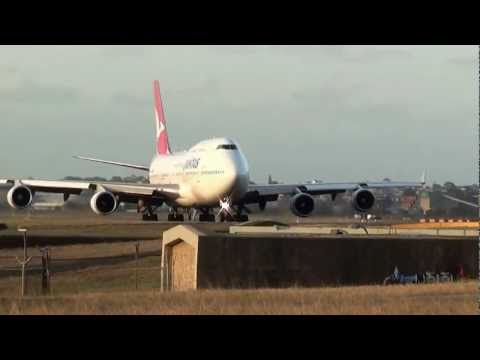 Qantas Airlines B747-438ER (VH-OEE) Takeoff at 34L Runway Sydney Airport HD