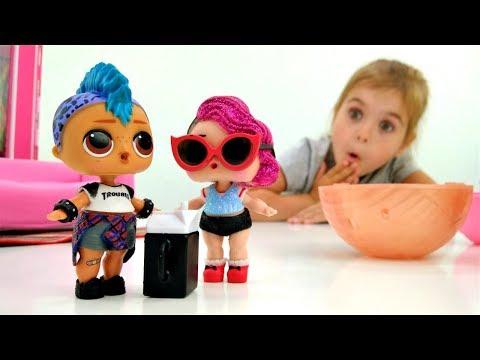 Видео для девочек - Кукла ЛОЛ готовится к свиданию - Одевалки