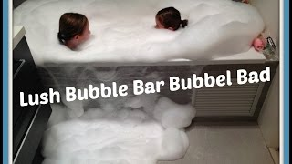 LUSH Bubble Bar in Bubbelbad: schuim genoeg :-)