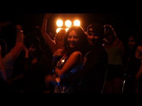 First Look! Yo Yo Honey Singh 'chaar Bottle Vodka' video