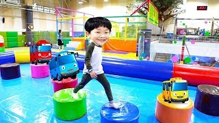 Learn Colors TAYO Indoor Playground for Kids Baby Nursery Rhymes Finger Family Song for Children