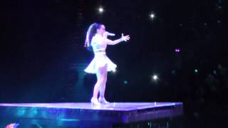 Katy Perry Wide Awake live Barcelona 2015