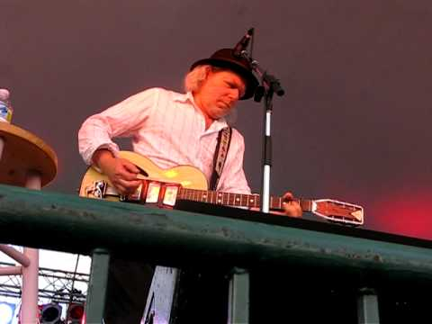 Worry Too Much- Buddy Miller w/ Patty Griffin Richmond 2010