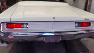 1968 Chrysler Newport 383 Engine startup