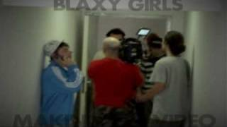 Blaxy Girls I have my vina mea making the video