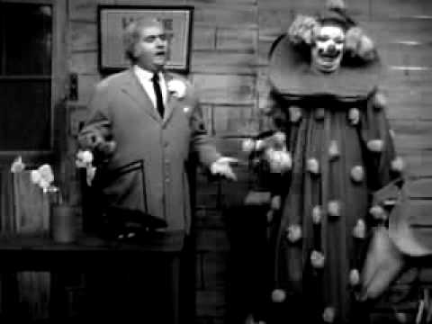Captain Kangaroo meets Flippo, the King of Clowns - YouTube
