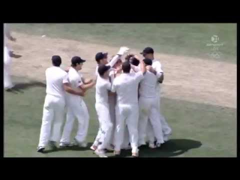 New Zealand beat Australia By 7 Runs - Highlights 2nd Test Hobart 2011