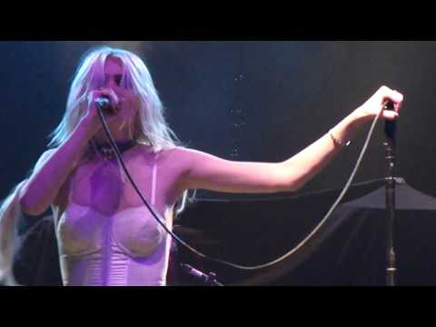 The Pretty Reckless - Perfoming at Palladium Ballroom in Dallas -