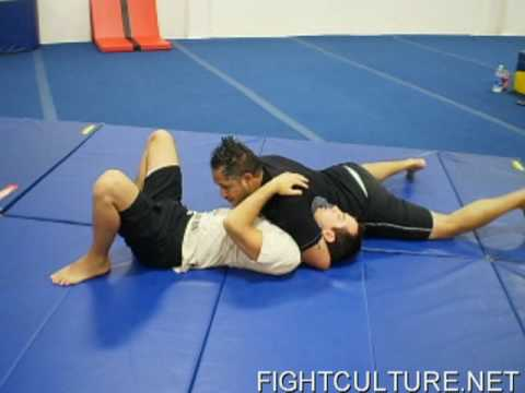 Submission Wrestling Technique: Monson Choke Image 1