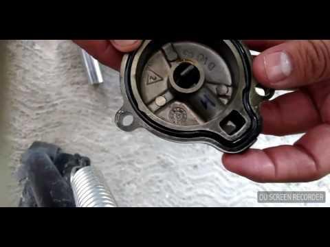 Yamaha FZ 2.0 cambio de aceite. filtro y limpieza de bujía!!!