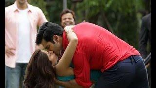Varun, Shraddha Kiss Scene in ABCD2