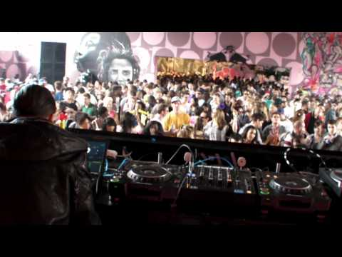 DROP THE LIME - GHOST TRAIN (LONDON PREMIERE) - LIVE @ NOTTING HILL CARNIVAL UK 2010 - 8.30.2010