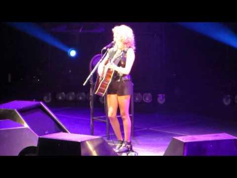 Eyelashes - Tori Kelly  Madison Square Garden - 1 11 2013 video