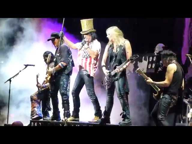 Alice Cooper - Full Show, Live at Virginia Beach on 8/20/14 opening for Motley Crue!!