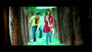 Julai - Oh Madhu Oh Madu - Julai Teligu Movie Song (with English subtitle)