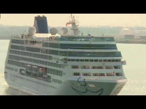 U.S. cruise ship makes historic arrival in Havana