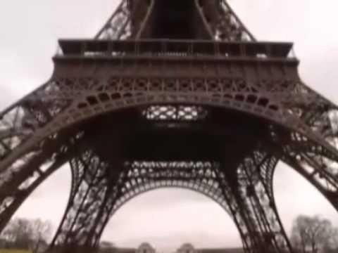 Coprire immagine della canzone Telhados De Paris da Nei Lisboa