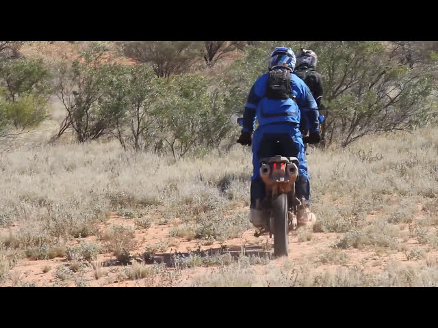 R 1200 GS vs Super Tenere - Adam Riemann goes outback