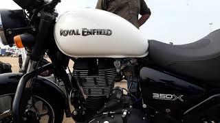 Royal Enfield - Thunderbird 350X - Black & white