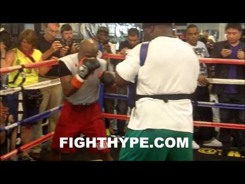 MIKEY GARCIA WATCHES CLOSELY AS FLOYD MAYWEATHER TRAINS FOR HIS STABLEMATE MARCOS MAIDANA
