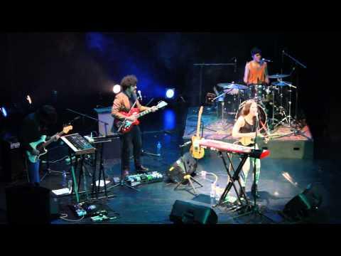 Como Soy - Ximena Sariñana - Niñas Mal  ( En vivo - Bogotá 19 de julio)